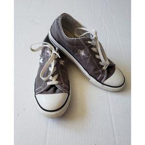 Converse One Star Gray White Juniors Kids Size 5